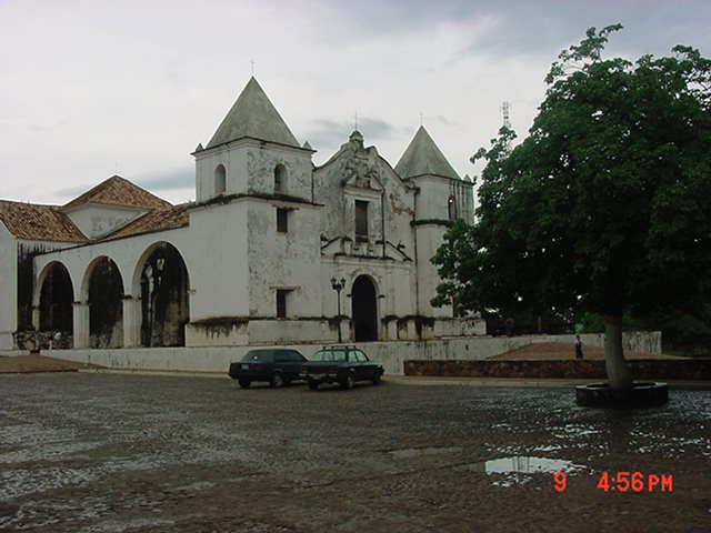 Iglesia de Clarines